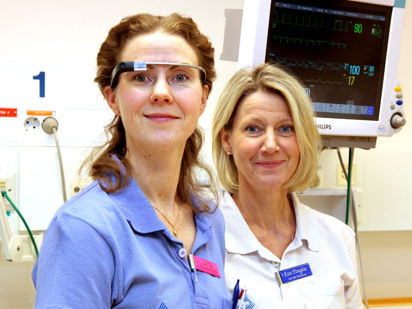 Healthcare professionals' views of smart glasses in intensive care